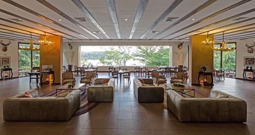 拉斯拉古诺斯精品酒店 - 弗洛雷斯(弗洛里斯) - 餐厅