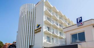 大酒店唐璜度假村 - 罗列特海岸 - 建筑