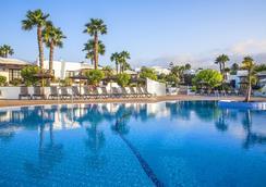 索尔花园钻石度假村 - 普拉亚布兰卡 - 游泳池