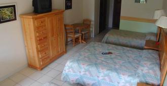 橘山海滩旅馆 - 拿骚