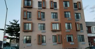 山坡酒店 - 皇后区 - 建筑