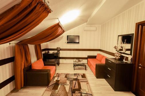 维瓦酒店 - 哈尔科夫 - 客厅