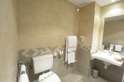 卡斯蒂亚田野酒店 - 索里亚 - 浴室