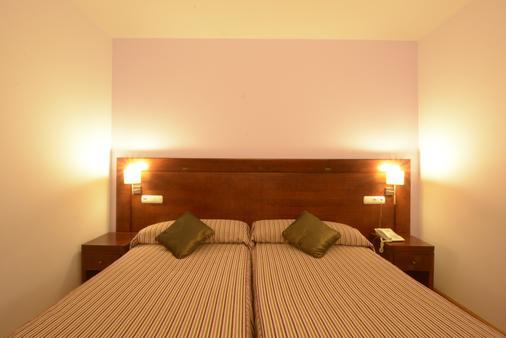 卡斯蒂亚田野酒店 - 索里亚 - 睡房