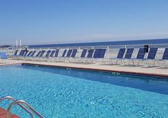 金沙海洋俱乐部度假酒店 - 默特尔比奇 - 游泳池