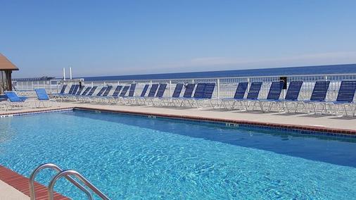 Sands Ocean Club Resort - 默特尔比奇 - 游泳池