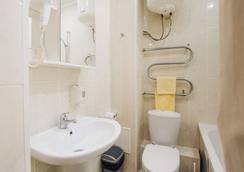格斯尔酒店 - Ulan-Ude - 浴室