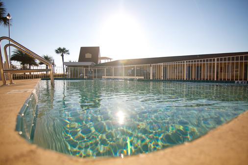 埃奇沃特酒店 - 圣奥古斯丁 - 游泳池