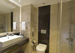 Turquoise Hotel - 锡德 - 浴室
