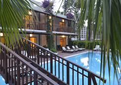Turquoise Hotel - 锡德 - 游泳池