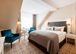比瑞克科恩环形酒店-商业和养生酒店 - 基尔 - 睡房