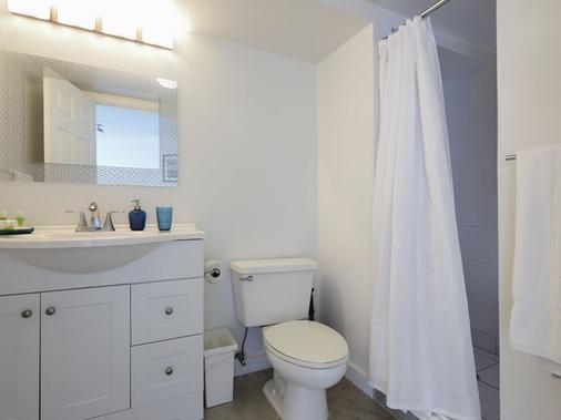 新起点迈阿密海滩公寓酒店 - 迈阿密海滩 - 浴室