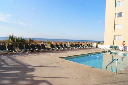 欧森普拉扎汽车旅馆 - 默特尔比奇 - 游泳池