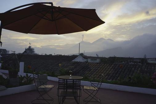 艾尔卡门酒店 - 安地瓜 - 露台