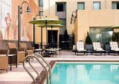 圣地亚哥市中心/瓦斯灯街区万豪酒店 - 圣地亚哥 - 游泳池