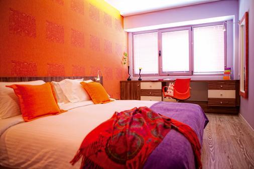 雅典诺瓦斯城酒店 - 雅典 - 睡房