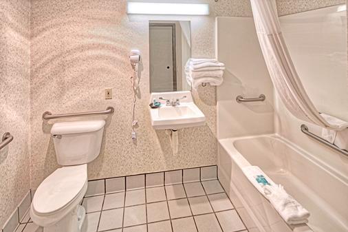 维克斯堡幸运女神娱乐场酒店 - 维克斯堡 - 浴室