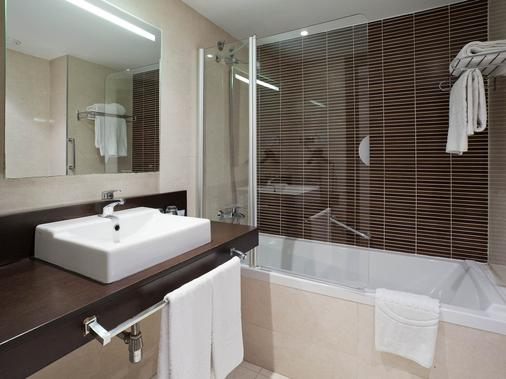 伊鲁尼奥迪托瑞酒店 - 巴塞罗那 - 浴室