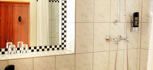 阿勒泰贝林酒店 - 柏林 - 浴室