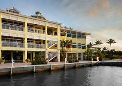 基拉戈湾海滩万豪度假酒店 - 基拉戈 - 建筑