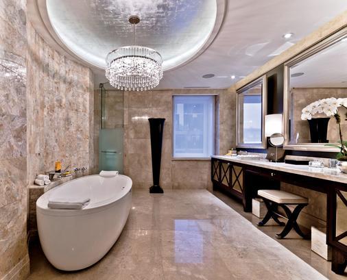 蒙特利尔丽思卡尔顿酒店 - 蒙特利尔 - 浴室