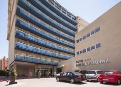 贝纳尔马德纳最佳酒店 - 贝纳马德纳 - 建筑