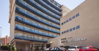 最佳班纳玛德纳酒店 - 贝纳马德纳 - 建筑