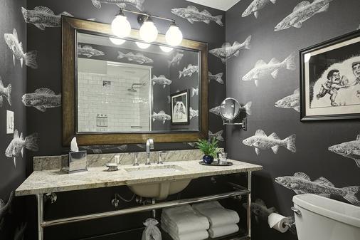 柯梦思酒店 - 明尼阿波利斯 - 浴室