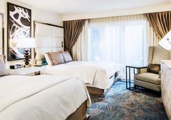 阿玛拉诺博班酒店 - 伯班克 - 睡房