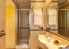 赛尔瓦拉公园酒店 - 罗马 - 浴室
