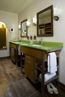 安达卢西亚酒店 - 阿尔伯克基 - 浴室