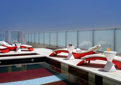 欧恩格兰德帕勒莫苏豪酒店 - 布宜诺斯艾利斯 - 游泳池