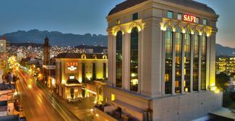 萨菲皇家豪华中央酒店 - 蒙特雷 - 建筑