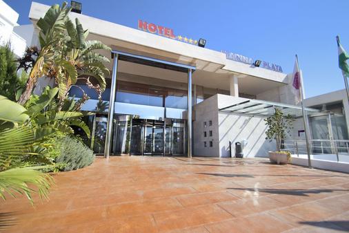 瑟维集团滨海沙滩酒店 - 莫哈卡尔 - 建筑