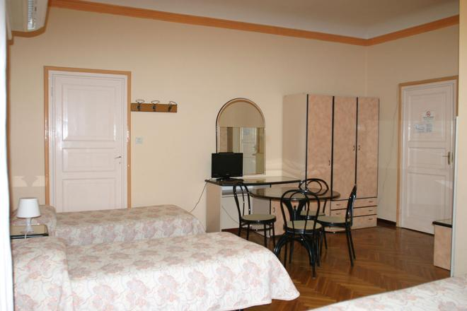 博洛尼亚全景酒店 - 博洛尼亚 - 睡房
