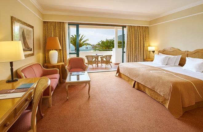 波尔图湾度假酒店 - 丰沙尔 - 睡房