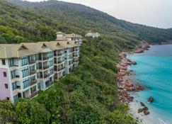 塔拉斯海滩Spa度假酒店 - 热浪岛 - 建筑