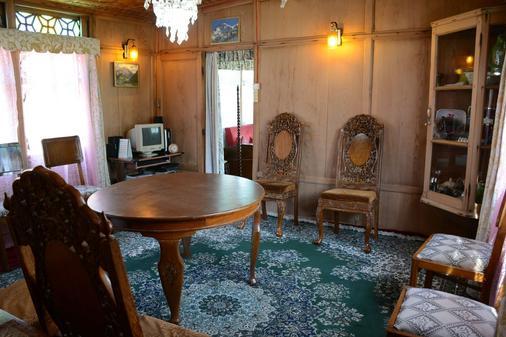赞大利宫船屋酒店 - 斯利那加 - 餐厅