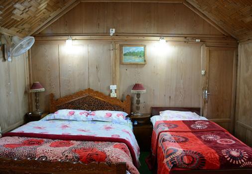 赞大利宫船屋酒店 - 斯利那加 - 睡房