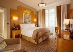 萨伏依酒店 - 伦敦 - 睡房
