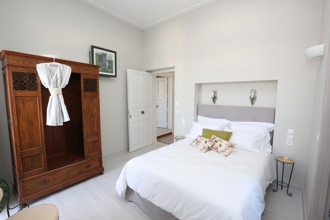 1901赫茅普里斯酒店 - 埃尔穆波利 - 睡房