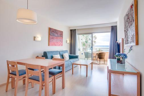 丰塔内利亚斯海滩公寓式酒店 - 马略卡岛帕尔马 - 客厅