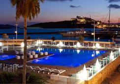 伊维萨科索Spa酒店 - 伊维萨镇 - 游泳池