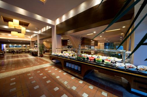 利马利姆拉酒店 - 凯麦尔 - 自助餐