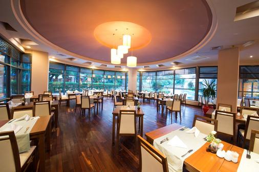利马利姆拉酒店 - 凯麦尔 - 餐馆