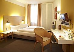 内波穆克酒店 - 班贝格 - 睡房