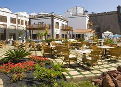 布兰卡海滩格兰卡斯蒂略塔格罗家庭及娱乐酒店 - 普拉亚布兰卡 - 建筑