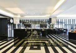 S Sukhumvit Suites Hotel - 曼谷 - 大厅