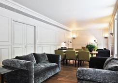 阿尔玛巴塞罗那酒店 - 巴塞罗那 - 休息厅
