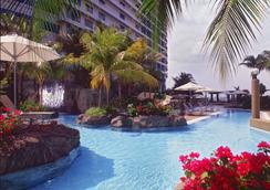 吉隆坡希尔顿酒店 - 吉隆坡 - 游泳池